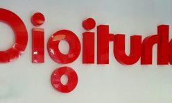 Обемни букви Digiturk